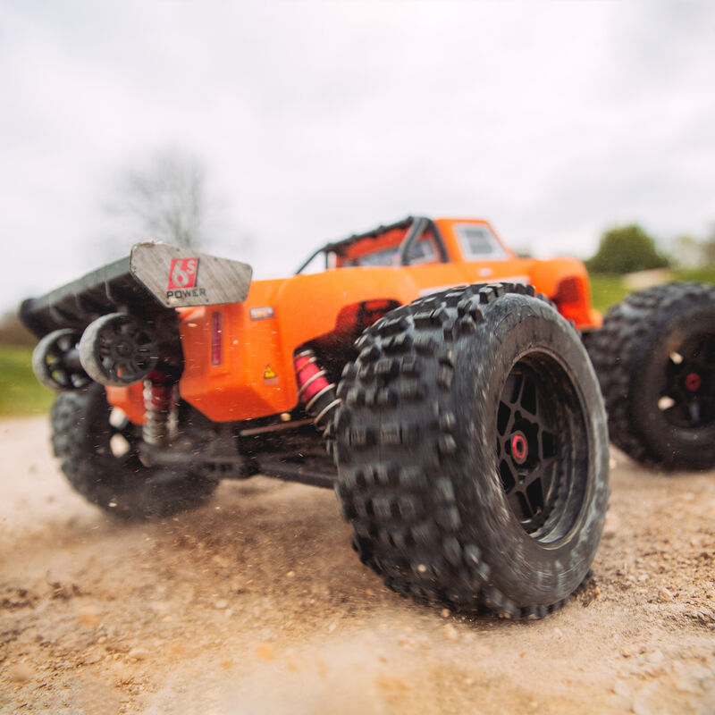 1/8 OUTCAST 6S BLX 4WD Brushless Stunt Truck with Spektrum RTR, Orange