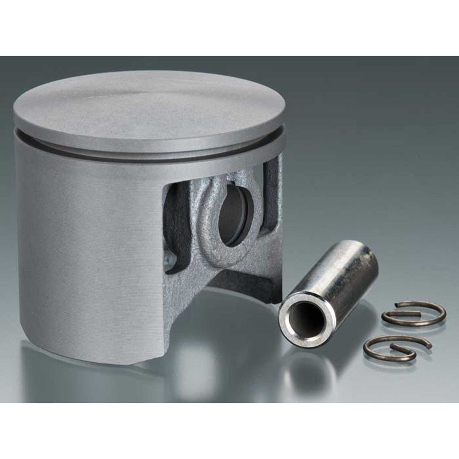 Piston with Pin and Retainer: DLE-111