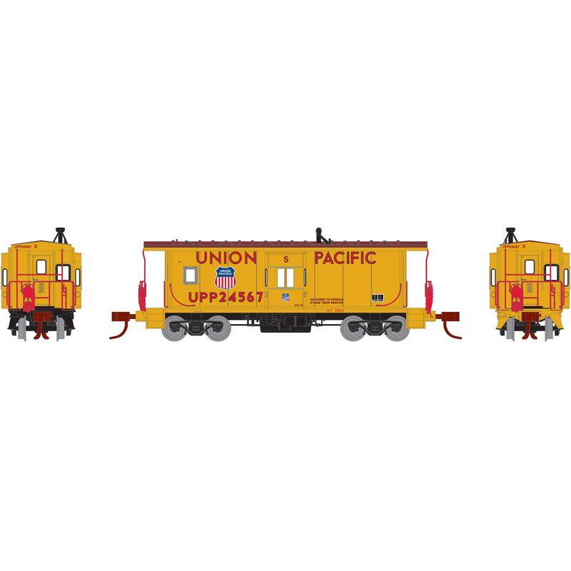 N RTR Bay Window Caboose, UP/Steam Train #24567