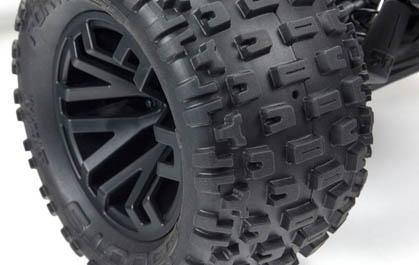 Multi-terrain dBoots Fortress MT tires