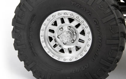 NITTO TRAIL GRAPPLER TIRES ON 3-PIECE BEADLOCK WHEELS
