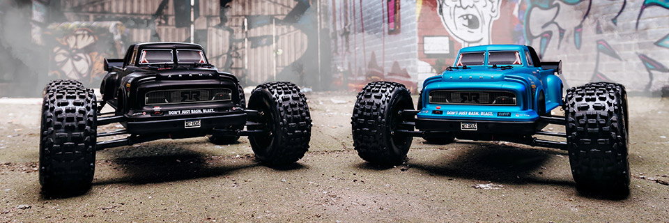 ARRMA NOTORIOUS 6S BLX 1/8 Scale 4WD Electric Stunt Truck