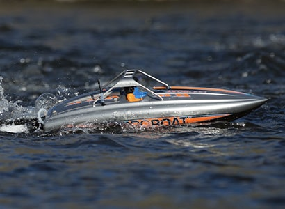 Self-Righting RC Boats by Pro Boat